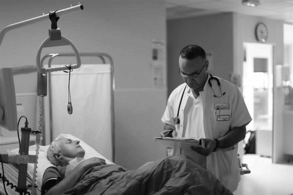 Medecin aider sante